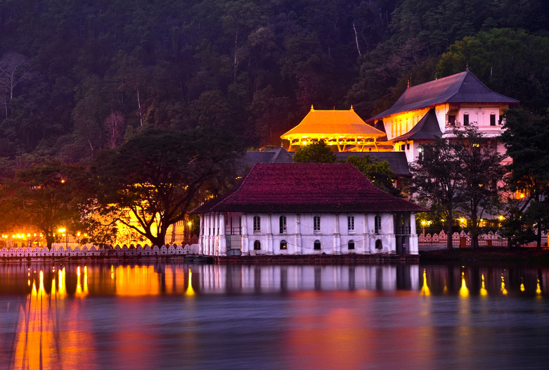 Sri Lanka | Templo de diente, Kandy